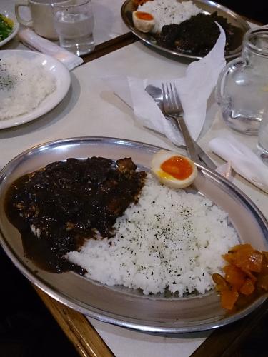 黒カレー食べた!の画像
