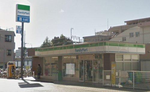 ファミリーマート西武狭山ヶ丘駅前店まで、約516m