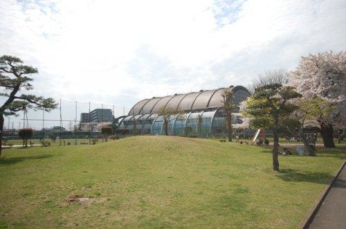 入間市運動公園まで、約2008m