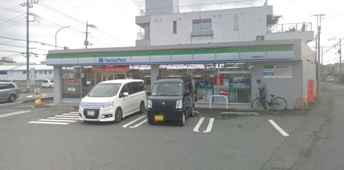 ファミリーマート 飯能岩沢店まで、約2065m