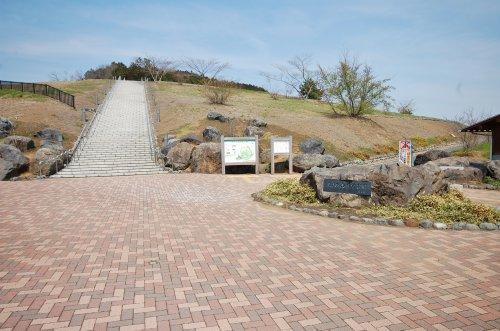 あさひ山展望公園まで、約6253m