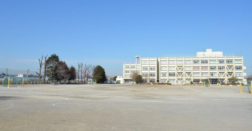 狭山市立南小学校まで、約1131m