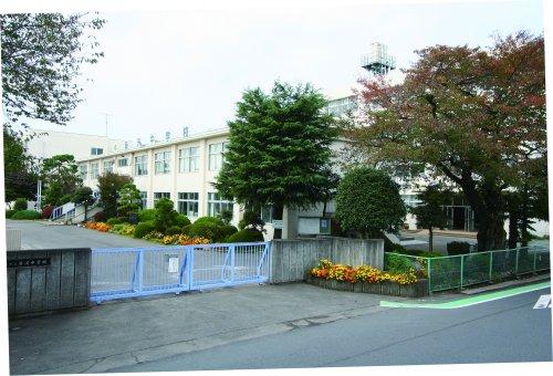 藤沢中学校まで、約1038m