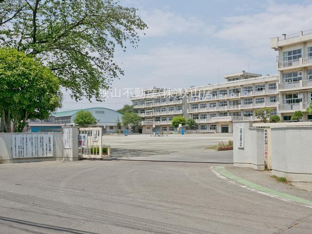 武蔵野小学校まで、約829m