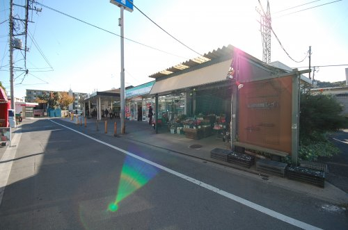 仏子駅まで、約1745m