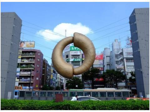 錦糸町駅北口のオブジェ