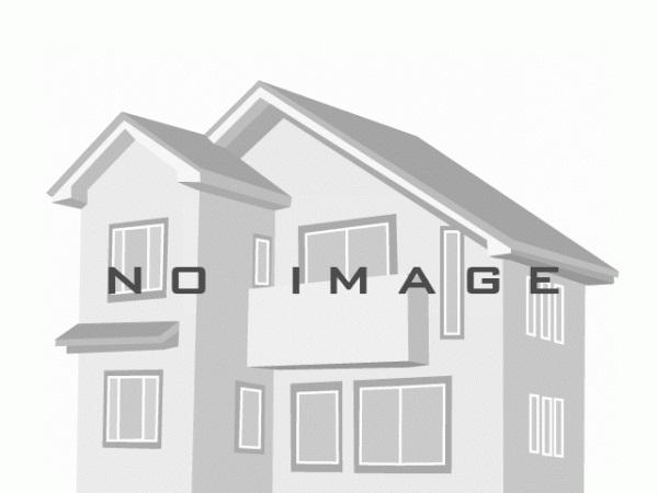 外観 ハイスタッドタイプの新築分譲住宅です。電動シャッタ付きが嬉しいですね。