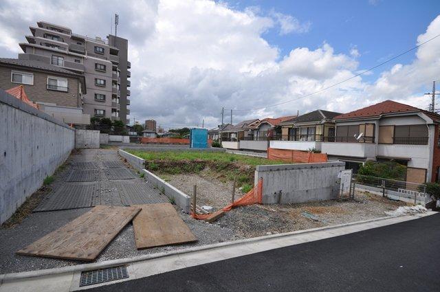 【3区画】 敷地面積約40.75坪。敷地全体を有効的にご活用いただける整形地です。設計プランの幅も広がり、どんなお家が建つか今からワクワクしますね! 現地(2020年9月)撮影
